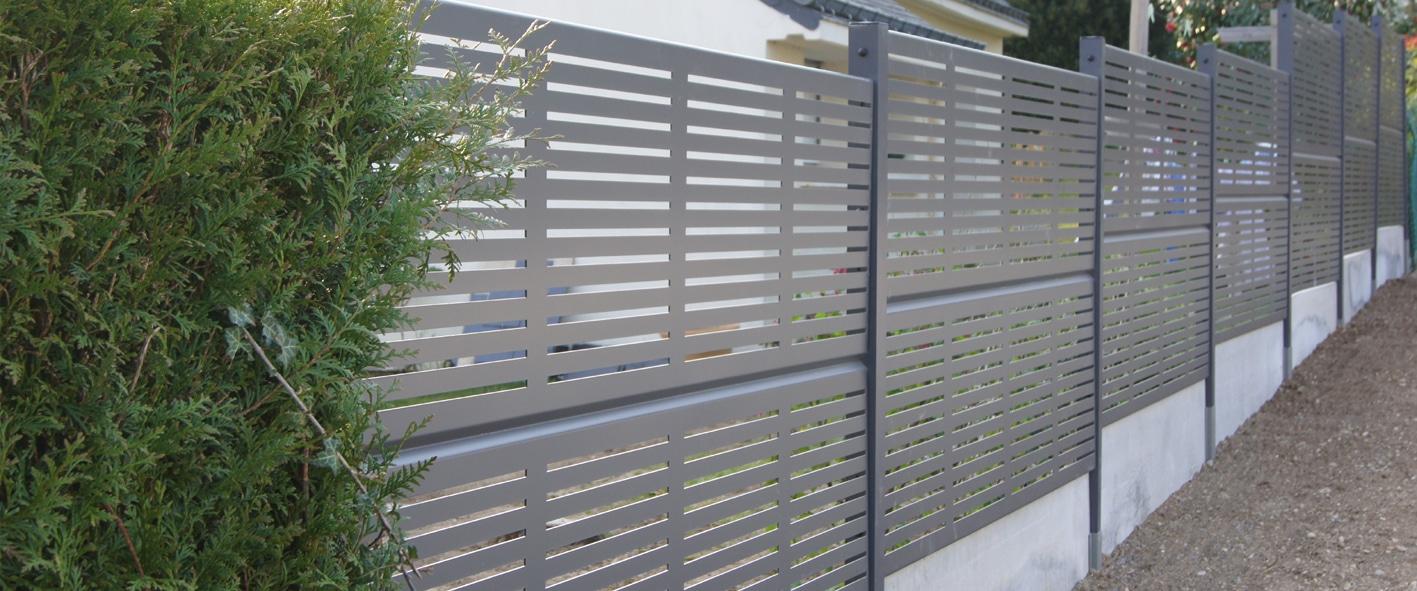 Quelle clôture de jardin choisir pour aménager son espace vert